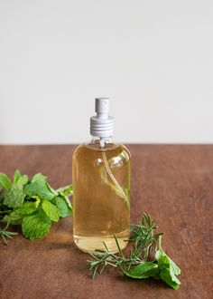 Mint Spray to Boost Hair Growth ~ using fresh or dry rosemary leaves and fresh mint leaves