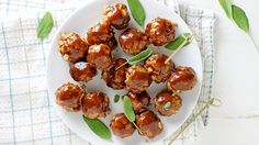 The Best Meatball You've Never Made: - - - Move over bacon, there's a new brunch meat—Maple-Glazed Breakfast Meatballs—in town! Brunch Recipes, Appetizer Recipes, Breakfast Recipes, Appetizers, Breakfast Ideas, Party Recipes, Breakfast Dishes, Holiday Recipes, Best Meatballs