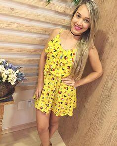 Que amor de vestido! Daqueles que caem bem em qualquer corpinho, sabe?! In love total por ele. #like4like #ootd #fashion #paz #summer16 #summertime #summerfashion #amolatoya #dujour #moda #instastyle #instafashion #love #lookdodia #dress #vix #presenteie Whats: 27996872027/988250144 Entregamos para todo Brasil! Parcelamos no cartão acima de R$100,00