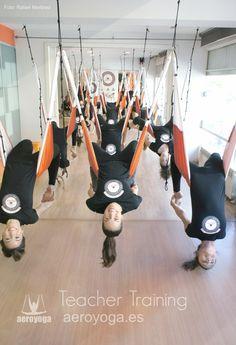 Qué es el Yoga Aéreo?