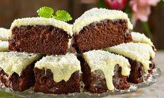 Mjuk kaka med vit chokladkräm