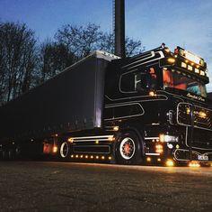 Customised Trucks, Scania V8, Buses, Old School, Euro, Boat, Inspired, Vehicles, Style