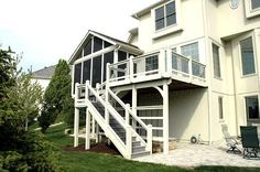 Deck, porch and patio in Leawood KS with composite flooring ( staircase, would have another landing and turn at the corner of the deck) Porch Builders, Composite Flooring, Screened In Deck, Side Deck, Sunrooms, Reno Ideas, Outdoor Ideas, Porches, Decks