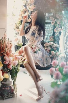 Girl Next Door Fashion. Style Need A Boost? Try These Ideas For Becoming More Fashionable. Many people do not think that a sense of style comes easily to them. Fashion Models, Girl Fashion, Fashion Outfits, Korean Beauty, Asian Beauty, Pink Evening Dress, Beautiful Asian Girls, Ulzzang Girl, Asian Fashion
