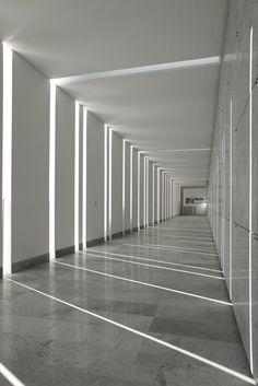 Leise Architektur - Friedhofserweiterung in Italien