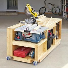 On a Roll Mobile Tool Bench Plan from WOOD Magazine Workings workings diy workings for kids workings gifts workings ideas workings plans workings projects workings tools Woodworking Bench Plans, Woodworking Workshop, Wood Plans, Woodworking Projects, Woodworking Classes, Woodworking Supplies, Popular Woodworking, Woodworking Essentials, Highland Woodworking