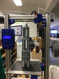 400mm torni tulostettu FELIX 3L 3D-tulostimella.