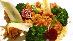 Japanese cuisine -Poulet crispy sauce au soja épicée, légumes croquants- www.iloli-restaurant.com