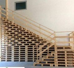 you like what I made with scrap wooden pallets? Do you like what I made with scrap wooden pallets?Do you like what I made with scrap wooden pallets? Wood Pallet Furniture, Diy Furniture Plans, Wood Pallets, 1001 Pallets, Pallet Wood, Kids Furniture, Pallet Stairs, Pallet House, Wood Stairs