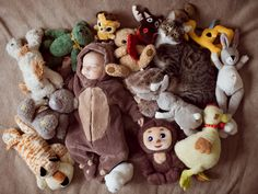 Ever feel like your house is being invaded by #stuffedanimals? Turn it into a #photo opportunity of your #baby surrounded by her best friends in the world. #photobook opportunity.