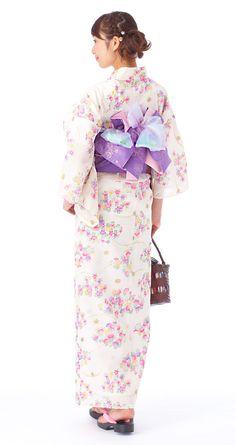 [ Yet to be determined obi and musubi ! Japanese Yukata, Japanese Outfits, Modern Kimono, Yukata Kimono, Beautiful Japanese Girl, Summer Kimono, Kimono Pattern, Kanzashi, Cotton Kimono