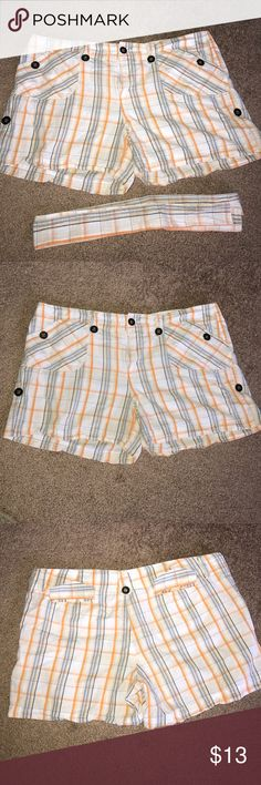 DNA Shorts Size 13 Blue/Orange/White/Tan DNA Shorts Size 13 Blue/Orange/White/Tan. Shorts have a decorative belt that comes with it. Fabric: 100% Cotton W: 16.5-17 L: 11.5-12 DNA Shorts
