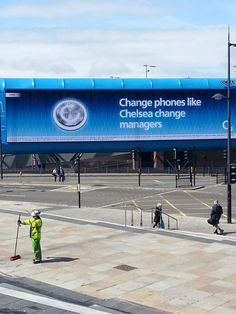 Pictures: Mobile phone provider O2 make PR capital out of Jose Mourinhos return to Chelsea
