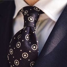 It's good to see @aleksjj wearing our Floral Motif Boucle Tie in Navy. Available at shibumi-firenze.com #shibumi #menswear