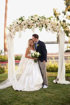In our gallery of wedding arch decoration ideas we have details of flower decor, whole composition and awesome photos of lovely couples under arches.