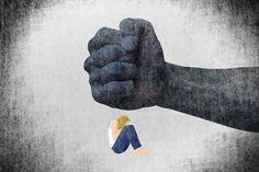 Magyarországon hetente legalább egy nő hal meg párkapcsolaton belüli erőszak miatt.           A gyilkosságok 40 százaléka családon belül történik, minden ötödik nőt rendszeresen bántalmazza a partnere. A lekicsinyléstől, megalázástól és fenyegetőzéstől a lelki terrorig, a testi és szexuális erőszakig vezet az... Minden, Places To Visit, Gloves, Leather
