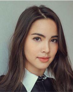 I nominate Urassaya Sperbund from Thailand for Beauty Makeup, Hair Makeup, Hair Beauty, Neutral Makeup Look, Holy Chic, Beauty Around The World, Most Beautiful Faces, Cute Faces, Wedding Makeup