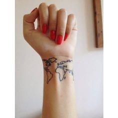 Tatouage poignet monde
