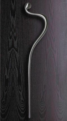 Langham - Cast Aluminium Giant entrance handle - Philip Watts Design