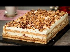 """""""Lion"""" biscuit cake: an extraordinary dessert without the oven! Biscuit Cake, Homemade Muesli, Healthy Breakfast Recipes, Food Items, Tray Bakes, Biscotti, Tiramisu, Cheesecake, Food And Drink"""