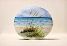 Painted stone, sasso dipinto a mano. Beach