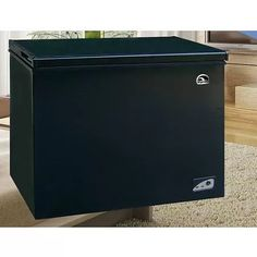 Igloo 7.1 cu ft Chest Freezer, Black