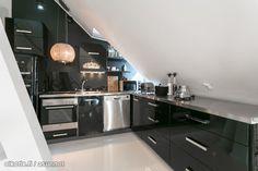 Myytävät asunnot, Kapteeninkatu 3 Ullanlinna Helsinki #oikotieasunnot #keittiö