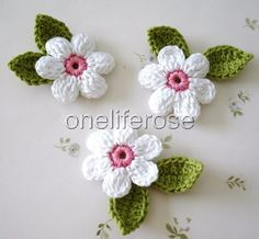 Crochet Flowers This listing you will receives 9 pieces of crochet applique. 3 flowers 4 cm inches) White with … Crochet Leaves, Crochet Motifs, Crochet Flowers, Crochet Patterns, Yarn Flowers, Crochet Butterfly Pattern, Crochet Flower Tutorial, Crochet Brooch, Crochet Earrings