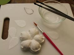 Decorate The Cake: Wafer Paper Flowers for Fall