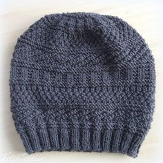 Tricoter - Le bonnet de Sophie - tuto gratuit - free directions - easy -  facile - Une semaine à Paris-Forêt   knit one purl two   Pinterest    Crochet, ... 7fc43b01f5a