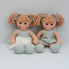 Beautiful Molly Dolly's  available online or currently in stock @kidstoredublin . www.linzyo.ie . #linzyo #irishchildrensweardesigner #irishbrand #mollydolly #ragdoll #twinning #matching
