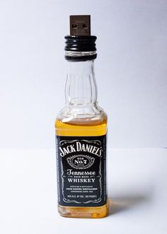 Jack Daniels USB Flash Drive - Not my thing... but cool for some... ►►►Want To Plug Into More Cool Tech Stuff? ►►► Follow 3BakersIT on Facebook: http://bit.ly/Follow3BakersIT