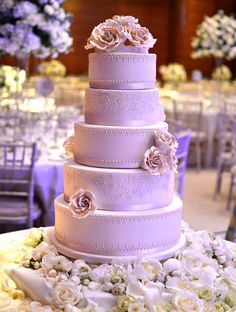 Pretty Lavender Wedding Cake :). I mean it IS the brides cake after all...why not have one in my fave color?