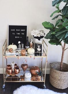 It is really easy to decorate your bar cart for any occasion including Halloween! See I how I styled my bar bart with all the essentials and affordable. Diy Bar Cart, Gold Bar Cart, Bar Cart Styling, Bar Cart Decor, Bar Carts, Bar Trolley, Office Desk Organization, Home Bar Decor, Deco Floral