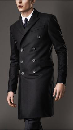 Literally my dream jacket right here #burberry #overcoat