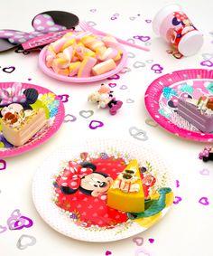 De ce ne place Minnie Mouse? Pentru că e drăgălașă, chic și are cele mai bune idei pentru petreceri!