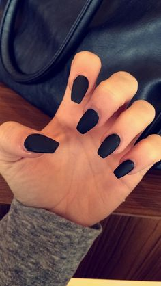 Matte black coffin shape acrylic nails: