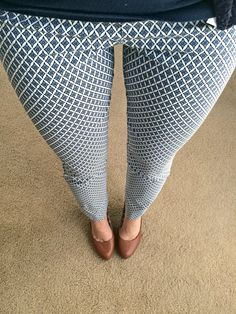 I would love to try a pair of the Emer pants in a pattern along these lines--springy and nautical!