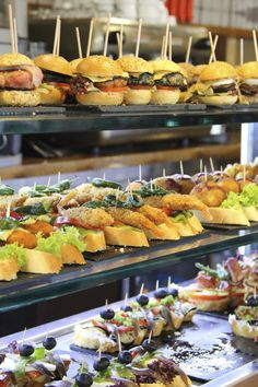 From pintxos to the Guggenheim, what's it cost to live in Bilbao? Jenny knows. Spanish Culture, Cost Of Living, Bilbao, Tostadas, Chutney, Buffet, Food And Drink, Bar, Dining