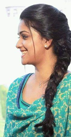 Beautiful Girl Indian, Most Beautiful Indian Actress, Beautiful Bollywood Actress, Beautiful Actresses, Anushka Photos, South Indian Actress Hot, Front Hair Styles, Cute Girl Poses, Stylish Girl Images