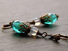 Ohrringe - Smaragdwolken von Perlenfontäne auf DaWanda.com
