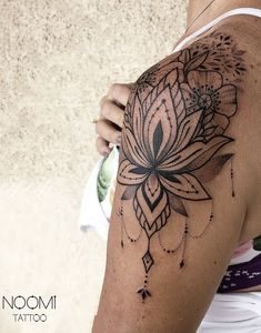 awesome ornamental lotus tattoo © tattoo artist✤ 𝑁𝑜𝑜𝑚𝑖 ✤ ❤💮❤💮❤💮❤💮❤ Tattoo Gorgeous and Meaningful Lotus Tattoos You'll Instantly Love Pretty Tattoos, Cute Tattoos, Beautiful Tattoos, Body Art Tattoos, Tattoos For Guys, Awesome Tattoos, Mini Tattoos, Hamsa Tattoo, Arm Tattoo