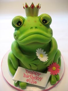 Adorable Frog Prince Cake for Lucas' Leap Year birthday! Crazy Cakes, Fancy Cakes, Mini Tortillas, Unique Cakes, Creative Cakes, Cupcakes, Cupcake Cakes, Beautiful Cakes, Amazing Cakes