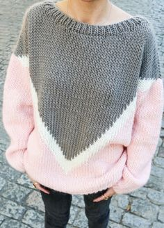 28 Women's Sweaters To Rock Your Winter Style - Luxe Fashion New Trends Autumn Fashion Women Fall Outfits, Winter Mode Outfits, Simple Outfits, Casual Outfits, Cute Outfits, Textiles Y Moda, Knitting Kits, Knitting Needles, Knitting Accessories