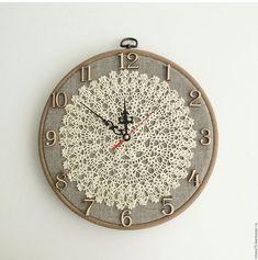 "Buy Wall Clock ""Vintage"" - watch, us .- Wall Clock ""Vintage"" - watch, us . Gold Watches Women, Vintage Watches Women, Doilies Crafts, Crochet Doilies, Casio Vintage Watch, Clock Vintage, Retro Vintage, Crochet Wall Art, Doily Art"