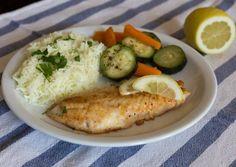 Fehér hal citromosan-vajasan Hungarian Recipes, Light Recipes, Risotto, Grains, Rice, Dishes, Chicken, Cooking, Ethnic Recipes