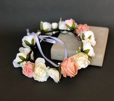 ✔ Hair Wedding Boho Floral Crowns #hairlove #hairvideos #hairbrained Flower Headband Wedding, Floral Crown Wedding, Flower Headpiece, Floral Headbands, Floral Crowns, Wedding White, Baby Headbands, White Flower Crown, Flower Girl Crown