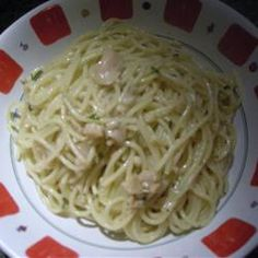 The Best Clam Sauce Recipe…so easy and SO DELICIOUS! – I don't like clams and I love this recipe if that tells you how delicious it is. Best Clam Sauce Recipe, Sauce Recipes, Fish Recipes, Seafood Recipes, Canned Clam Recipes, Cooking Recipes, Cooking Time, Recipes, Seashells