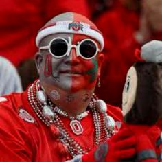 We see this guy on TV every week. Buckeyes Football, Ohio State Football, Ohio State University, Ohio State Buckeyes, Ohio Vs Michigan, Ohio State Baby, First Down, Sport Girl, Scarlet