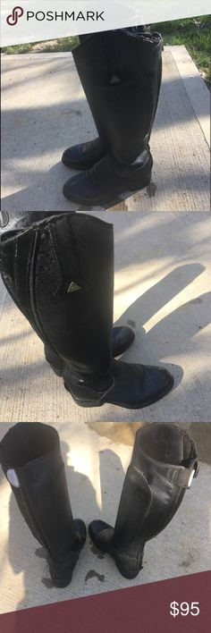 Best all winter all weather riding boots. Size 9⛈ Mountain Horse insulated sooo warm riding boots. Totally waterproof, rubber heel and sole so no slipping. Narrower toe so easily slides into stir up. Back full length zippers for easy on and off.⚡️❄️⛈ No need for heavy socks. 🔥 Mountain horse Shoes Winter & Rain Boots